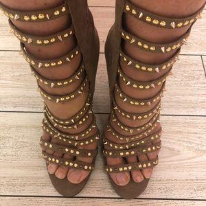Jessica Simpson studded gladiator heels . Tan 7